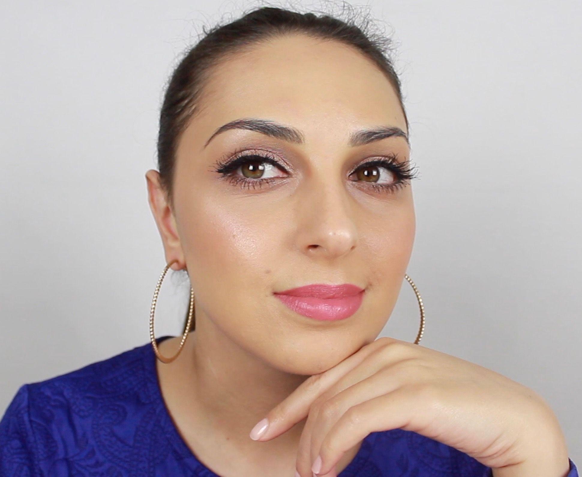 Post Nadia Zayat Makeup looks, Get the look, Hoop earrings