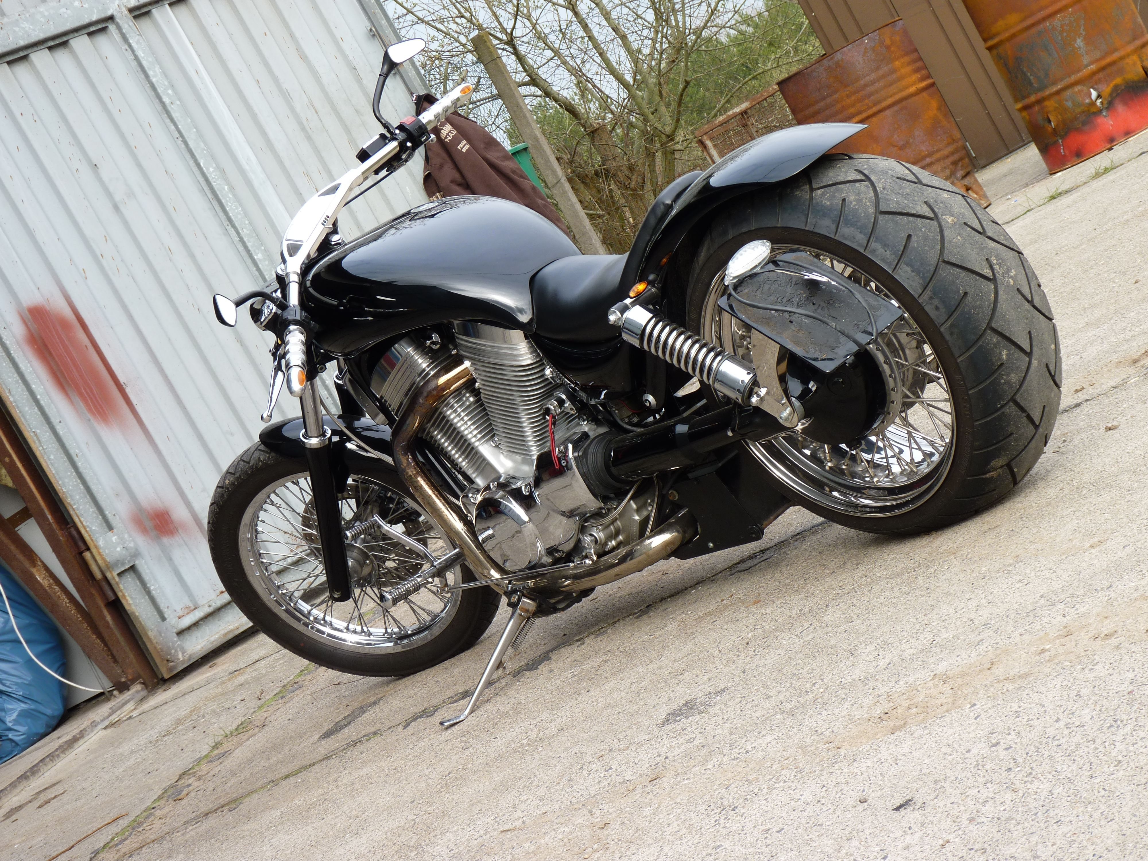 Resultado de imagem para suzuki intruder 1400 | motocykle | Intruder