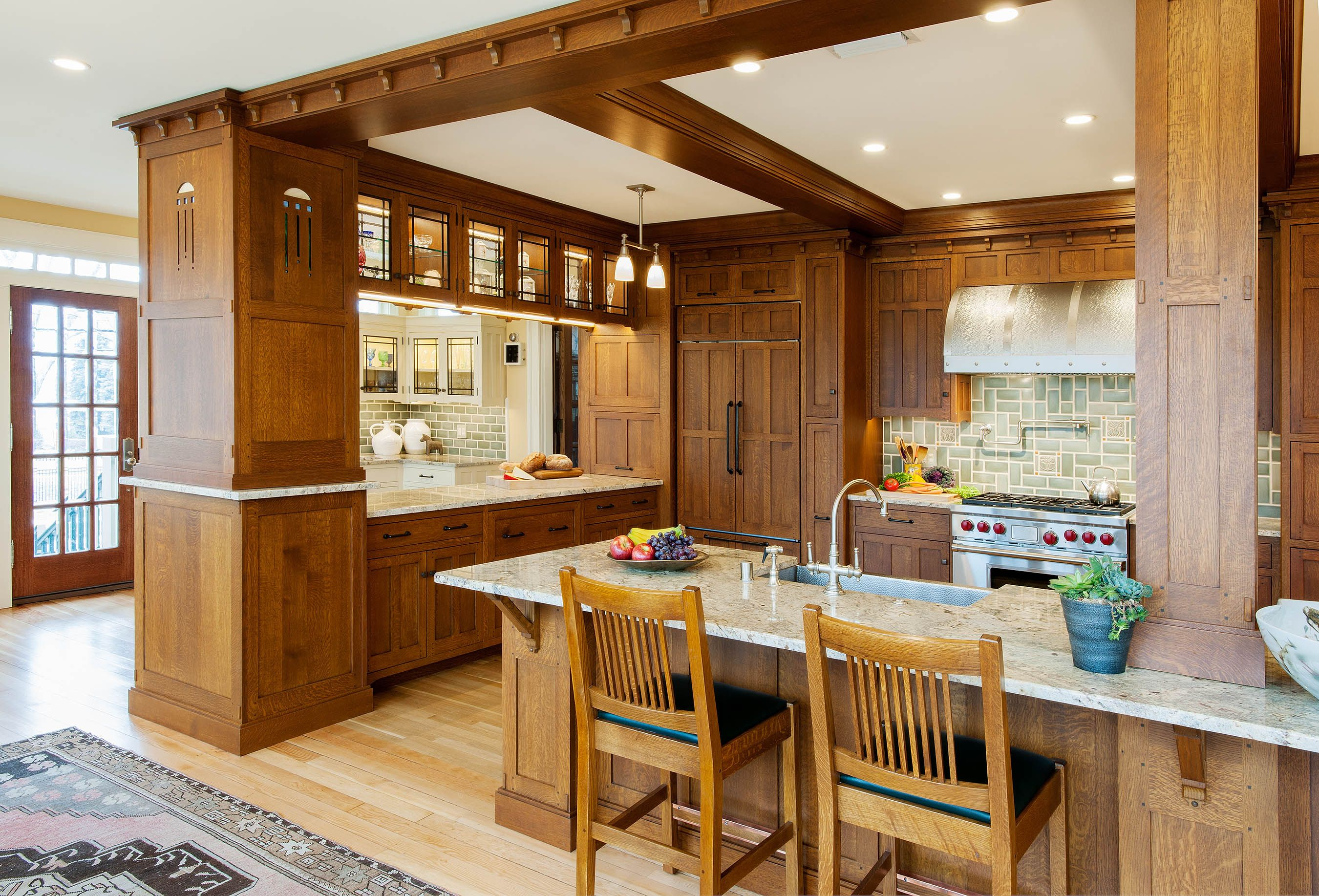 Pin By Jane Helstrom On Arts Crafts Mission Style Kitchens Mission Style Kitchen Cabinets Kitchen Cabinet Styles