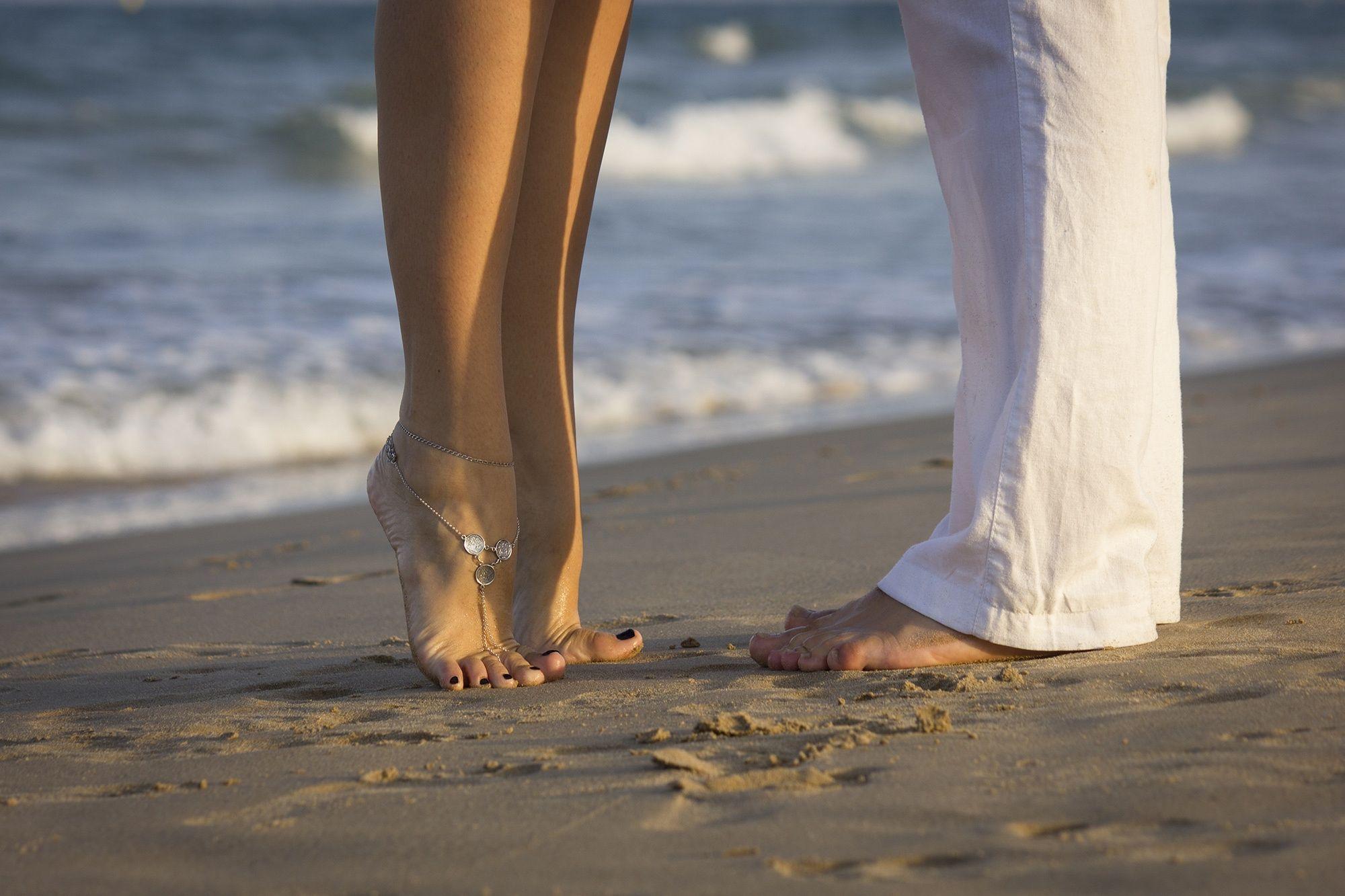 Resultado de imagen de fotos de parejas romanticas en la playa