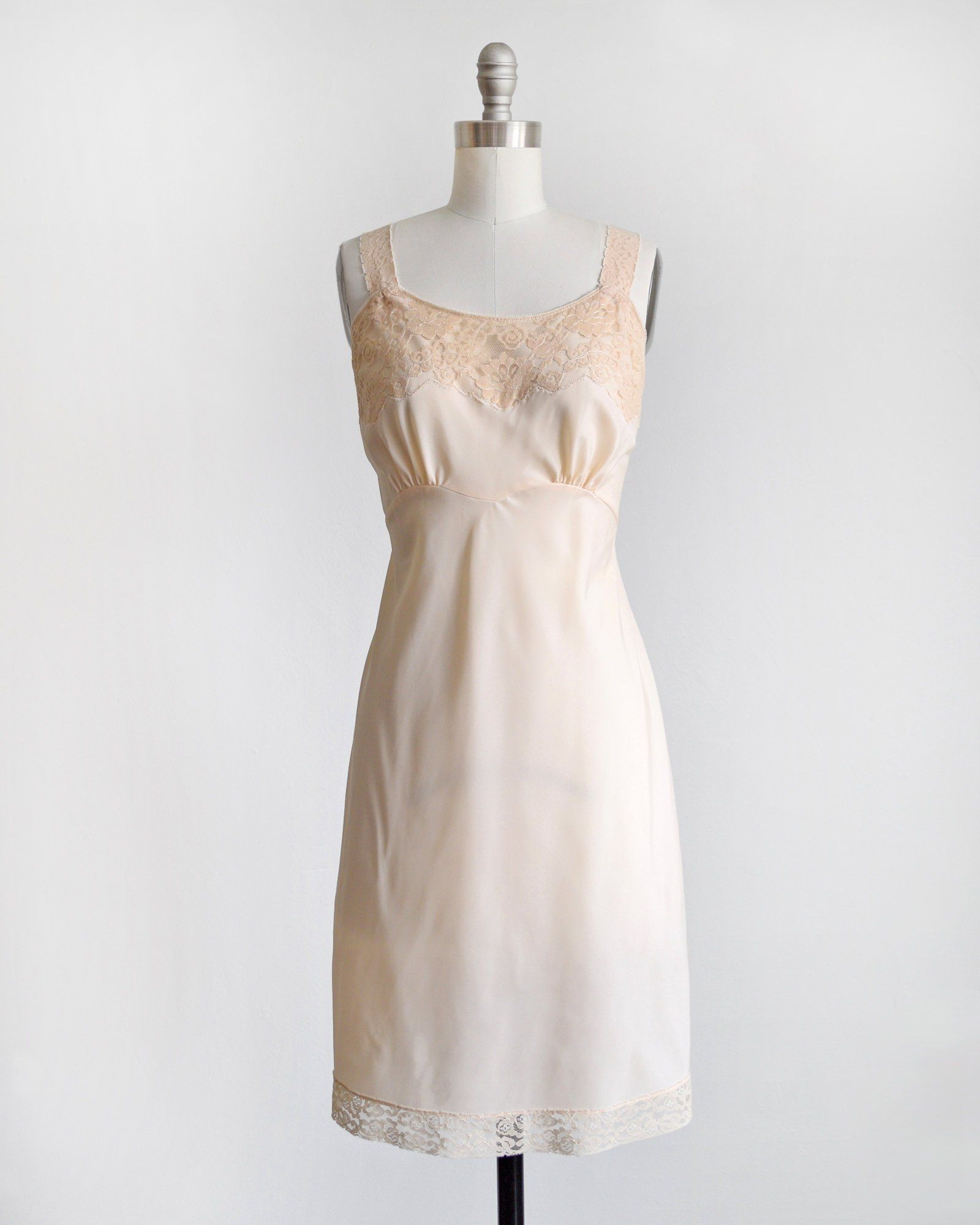 2b901f75fe0a4 light peach vintage slip, 60s lace full slip, Lady Lynne 1960s lingerie,  small