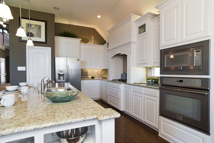 Best White Kitchen Cabinets Southlake Ii Shiloh Ranch 400 x 300