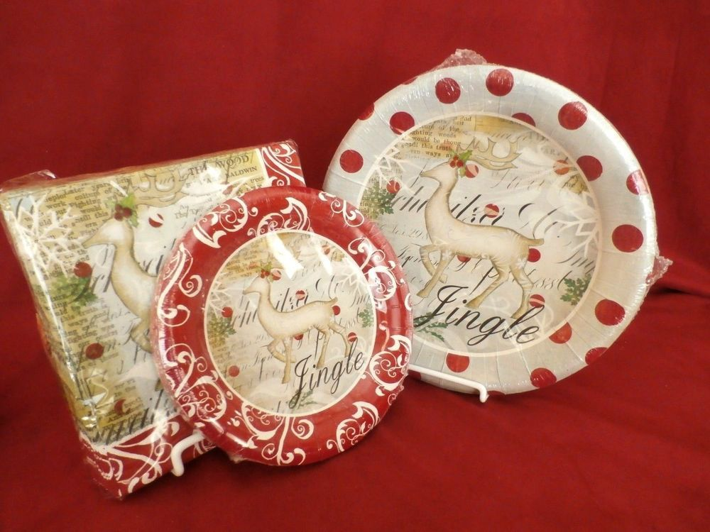 Service for 16 Christmas paper plates with reindeer design made with ...