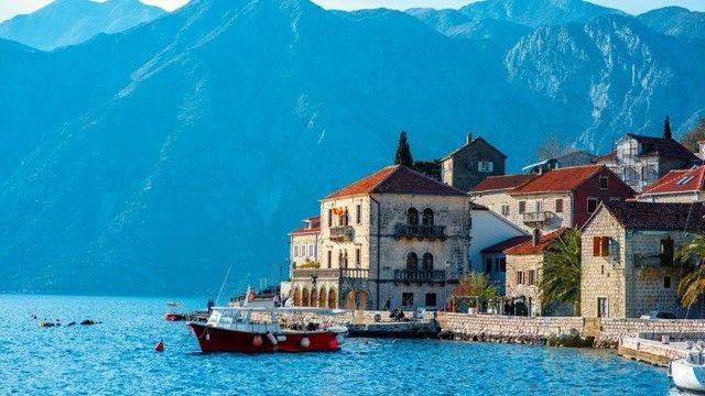 日本人がまだ知らないアドリア海の秘宝、世界一美しい湾「コトル湾」 | TABIZINE~人生に旅心を~