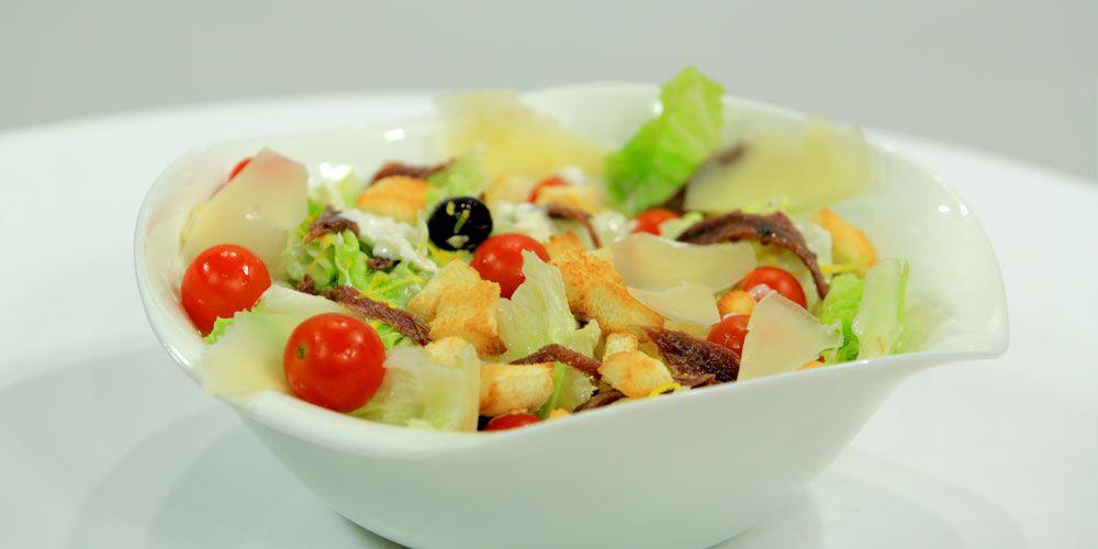 سلطة سيزر انشوجة Recipes Salad Salads
