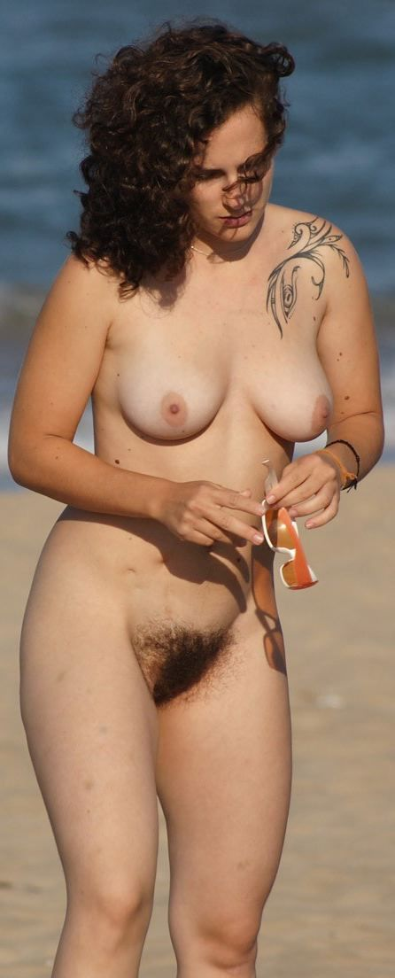 nude Beautiful women hairy