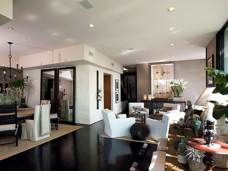 Contemporary meets Traditional on Sunset Strip | HomeDSGN, a daily source for inspiration and fresh ideas on interior design and home decoration.