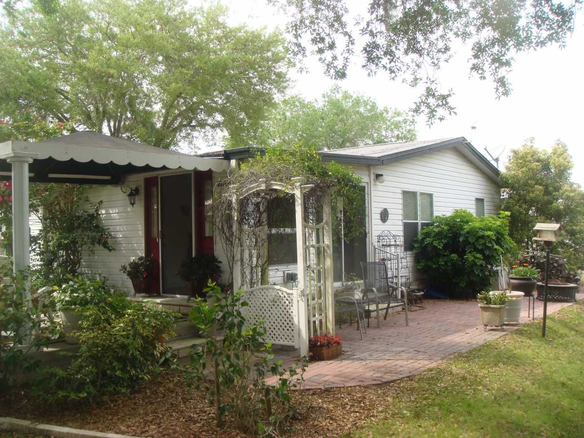 Palm Harbor Manufactured Home For Sale in Trinity, FL