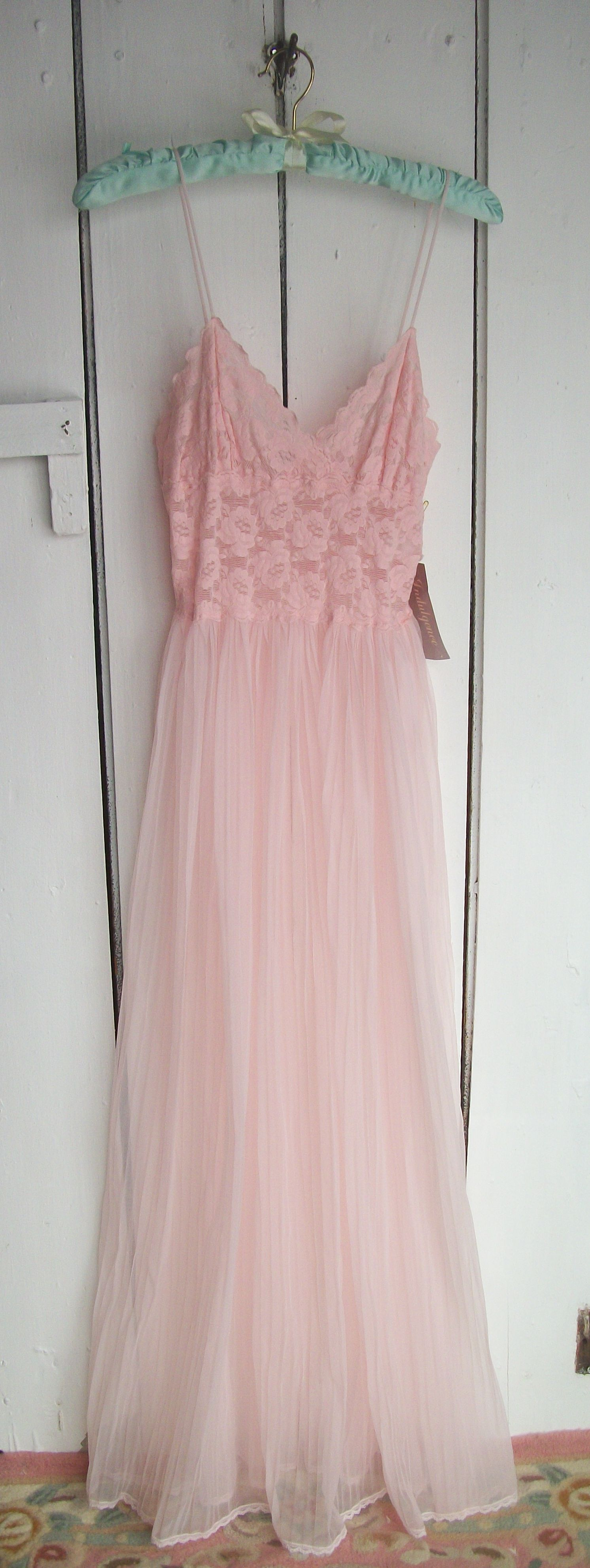 VINTAGE NOS COTTON CANDY PINK SHEER CHIFFON LONG NIGHTGOWN PLEATS ...