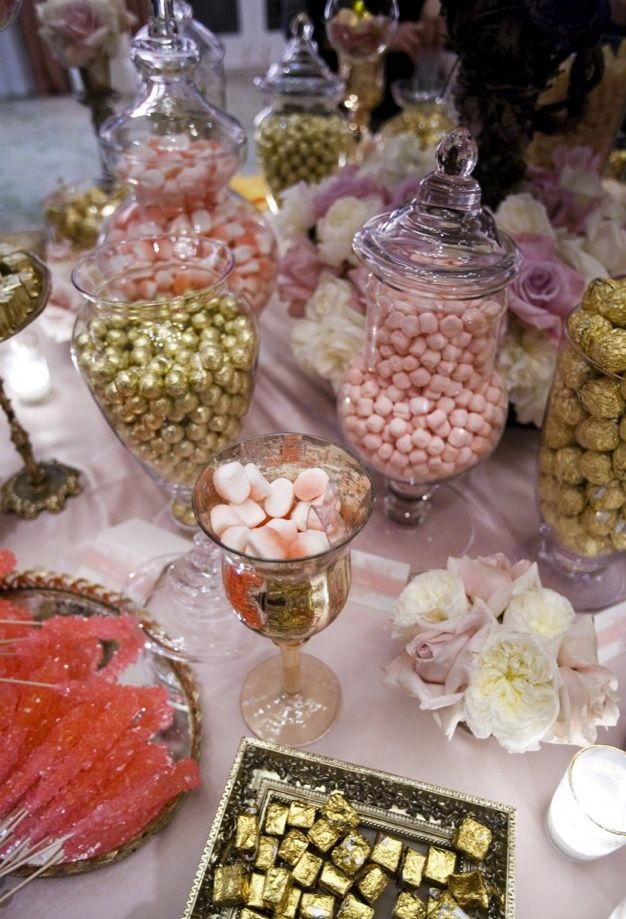 Candy Bar Pink And Gold My Dream Wedding Pinterest Candy Bar Wedding Gold Candy Bar Gold Candy Buffet