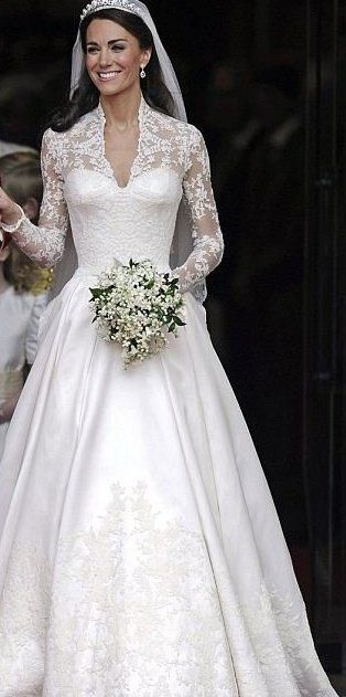 kate middleton wed. dress sarah burton for alexander mcqueen | it's