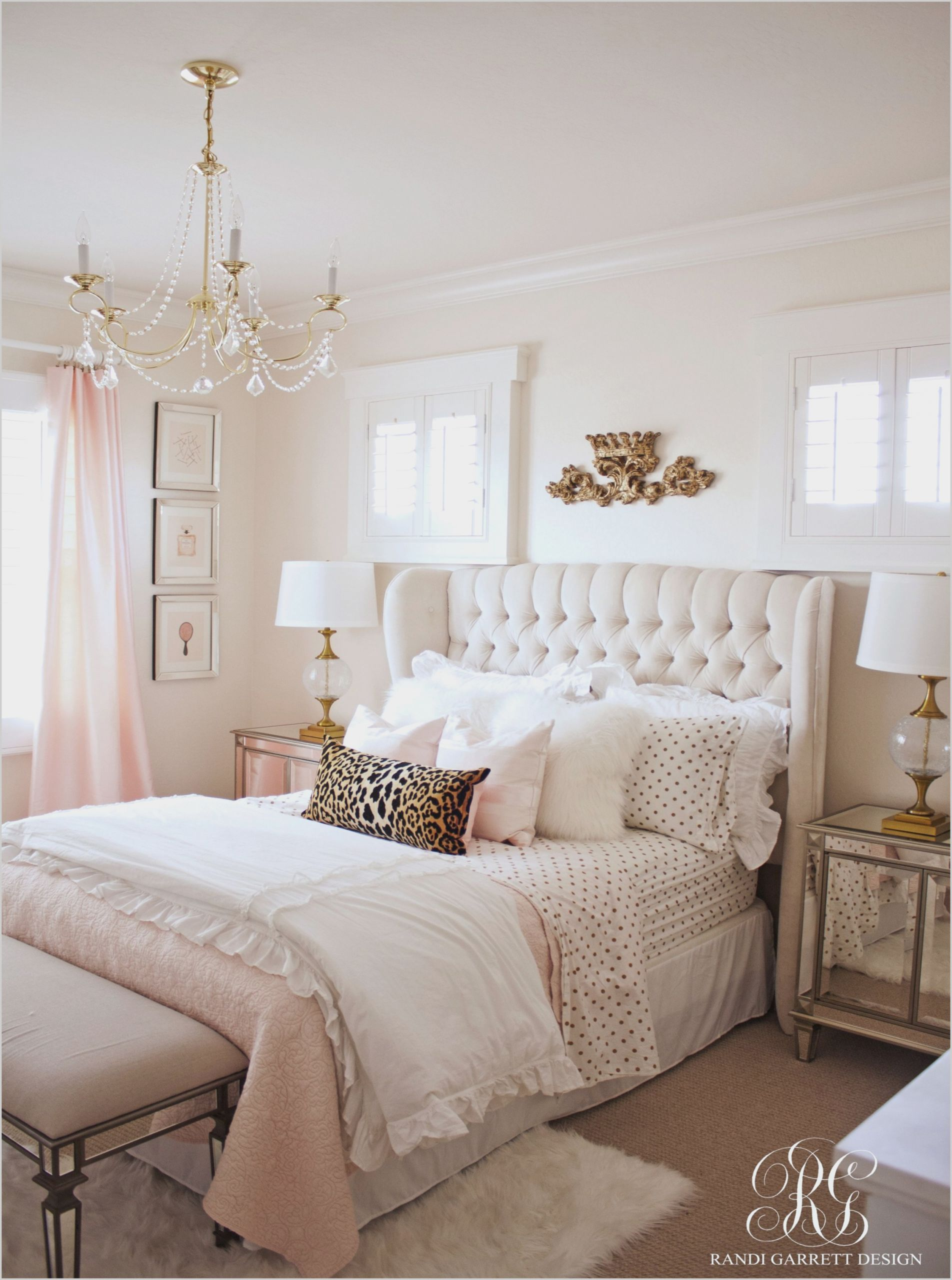 Grey Rose Gold And Gold Bedroom Interior Kamar Tidur Makeover Kamar Tidur Kamar Tidur Rumah
