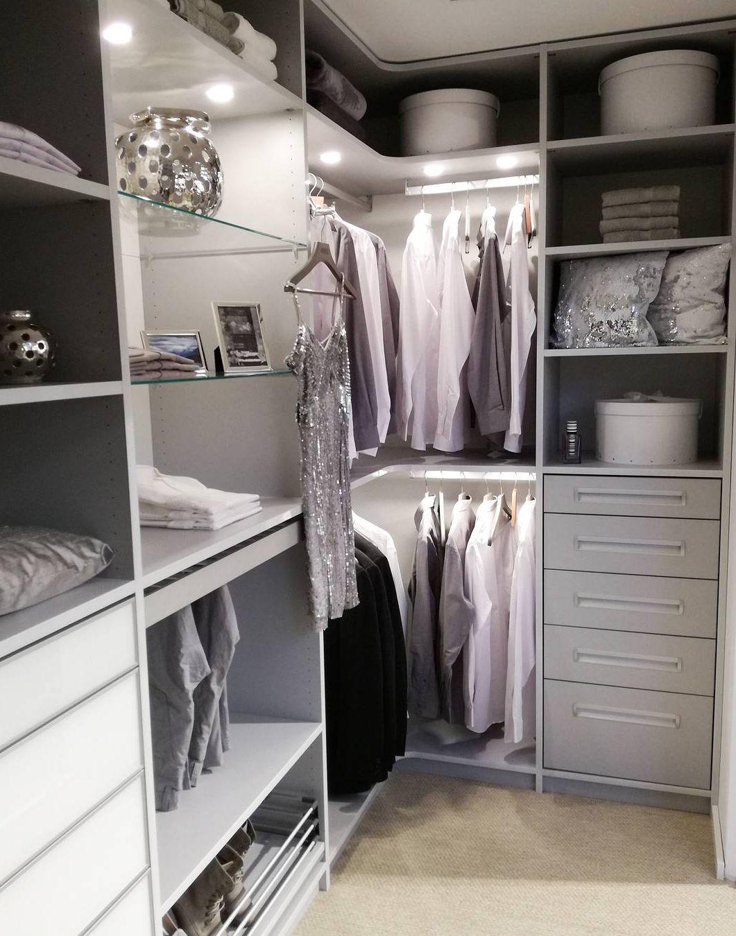 Einbauschranke Nach Mass Begehbare Kleiderschranke Begehbarer Kleiderschrank Einbauschrank Und Begehbarer Kleiderschrank Ideen