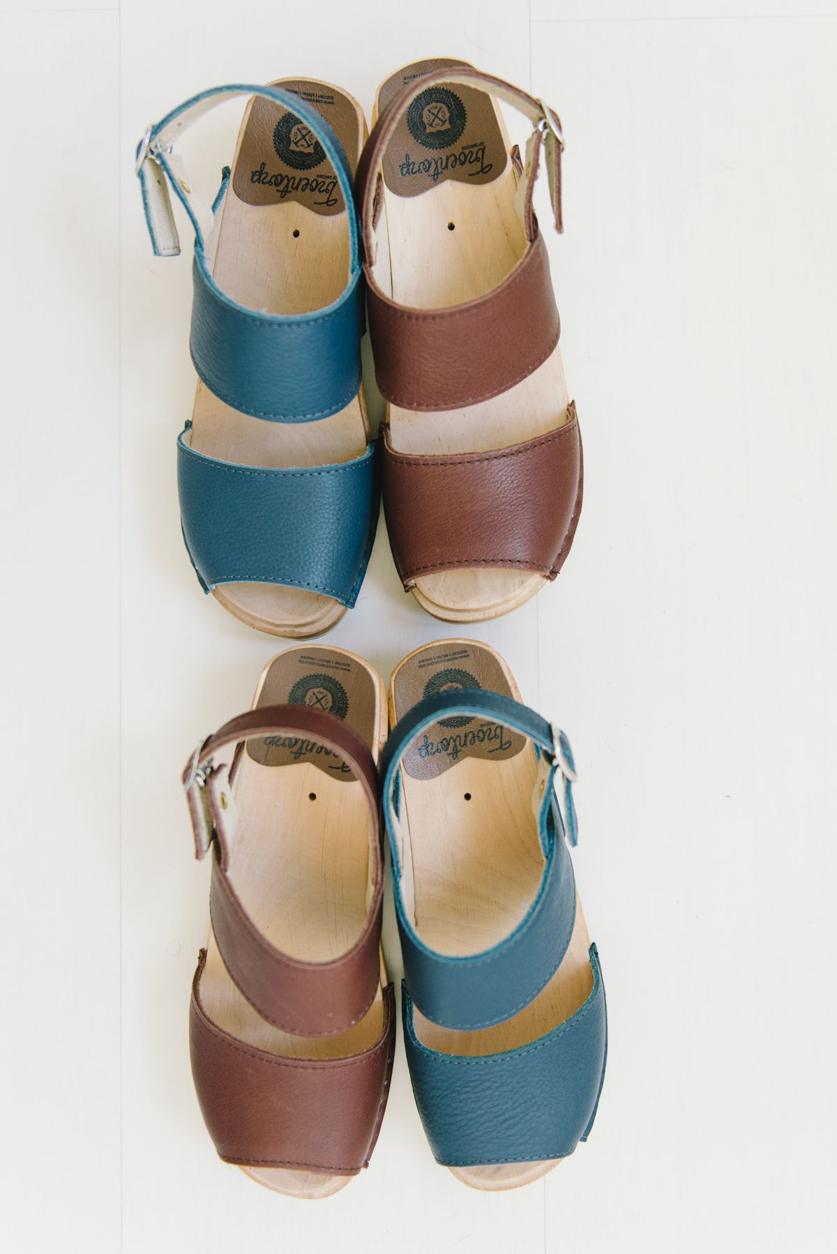 3f3fd847907e Ingrid sandals in brown and blue