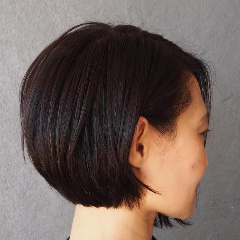 40 Inverted Bob Hairstyles You Should Not Miss In 2020 With Images Inverted Bob Hairstyles Wavy Bob Hairstyles Bob Hairstyles