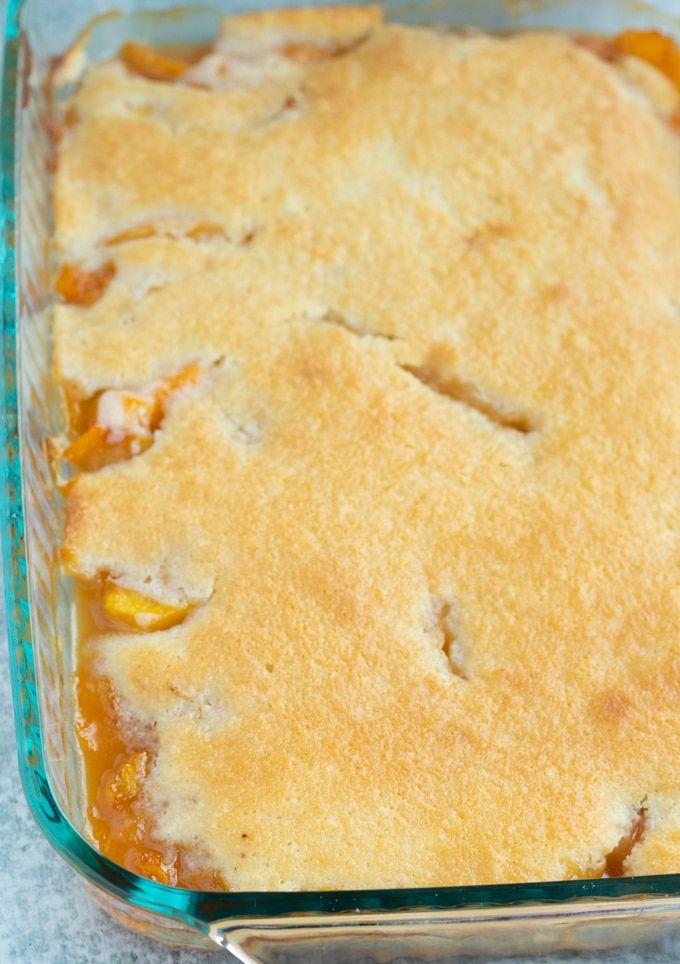 Easy Southern Peach Cobbler Cake #peachcobblercheesecake