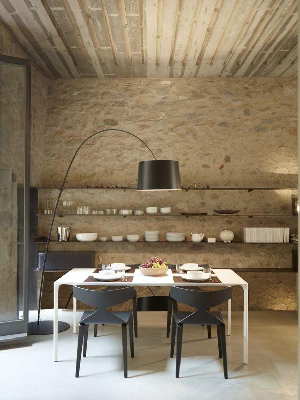 Arper tafel en stoelen, verkrijgbaar bij Top Interi… | Eetkamers ...