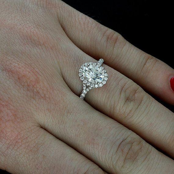 Oval Halo Ring Mounting Split Shank Diamond Engagement Ring Cut