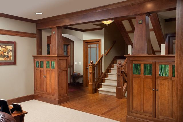 Stained Wood Crown Molding Design
