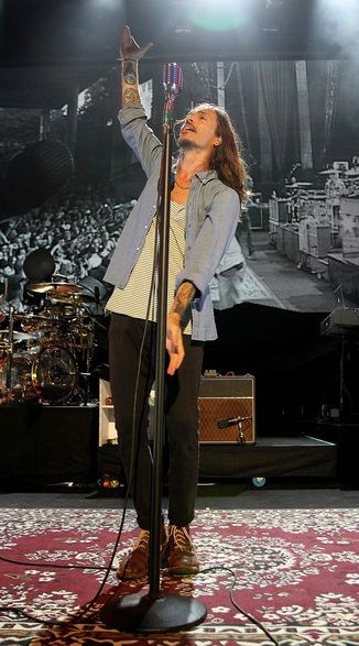 Brandon Boyd of Incubus performs during the 2012 Honda Civic Tour - Comcast Center, Mansfield, Massachusetts (August 2012)