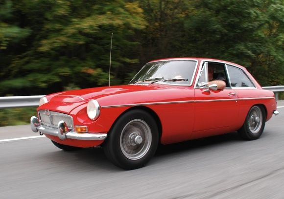 Bat Exclusive Clean 1969 Mgc Gt With Overdrive Tourer Und E Type