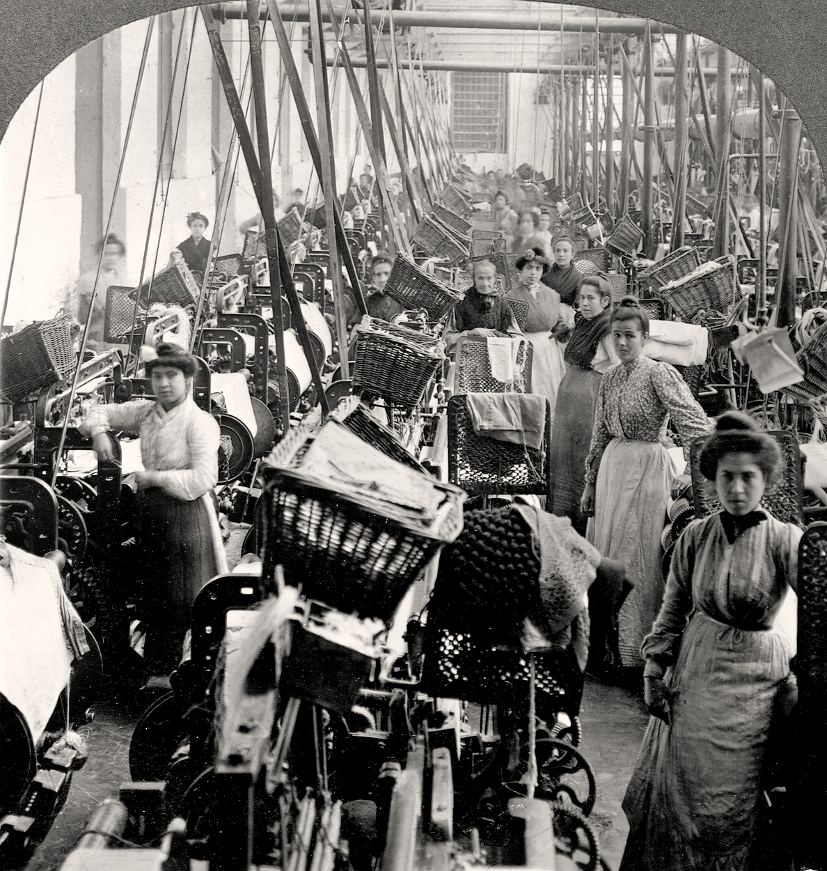 How workers in the us were affected during the industrialization