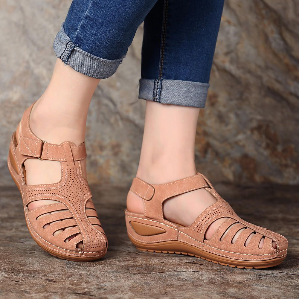 78fe527ce252 LOSTISY Women Lightweight Hollow Out Soft Sole Sandals - Banggood Mobile