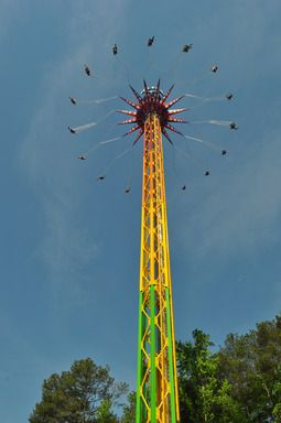 Skyscreamer A 24 Story Extreme Swing Ride Is Now Open At