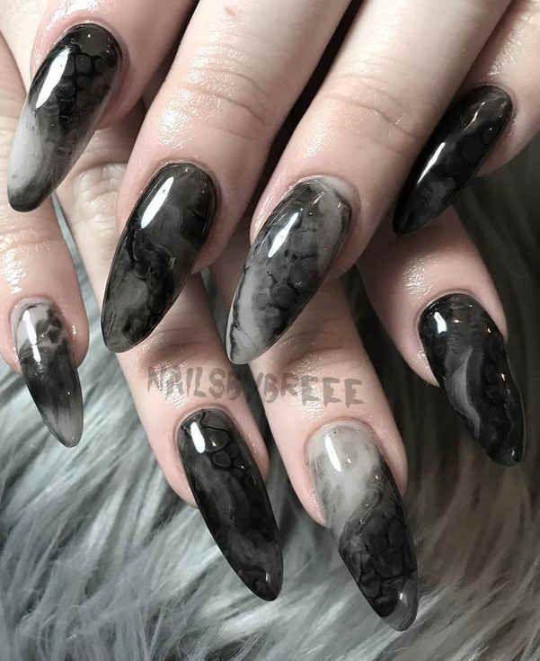 Photo of 60+ Elegant Black Stiletto Nail Designs For Winter Holidays
