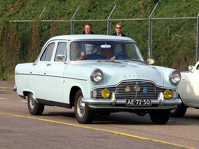 Ford Zephyr Mk Ii My Dad S Second Car Although Ours Was White I