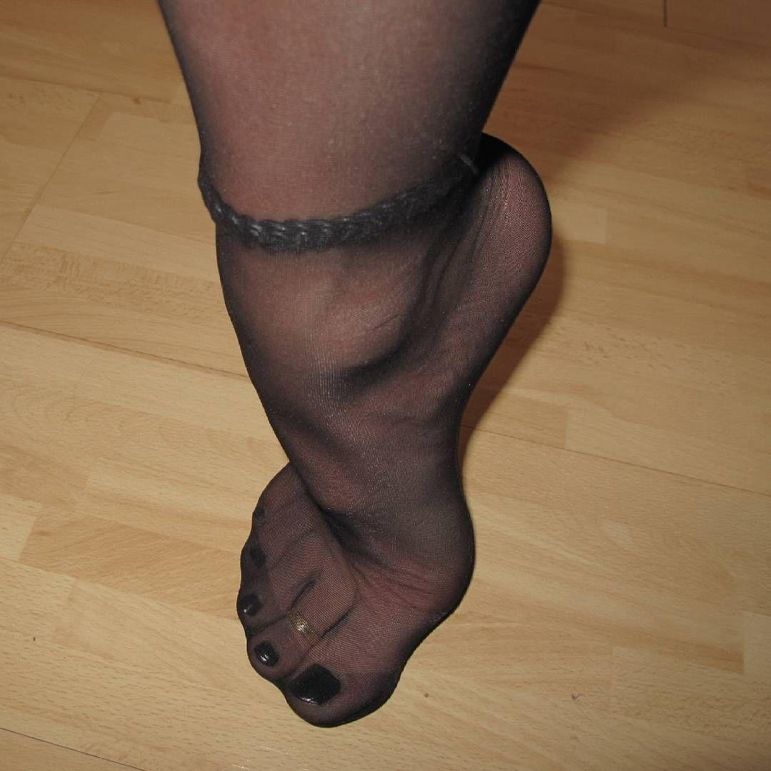 Как чулки колготки ножки эротика