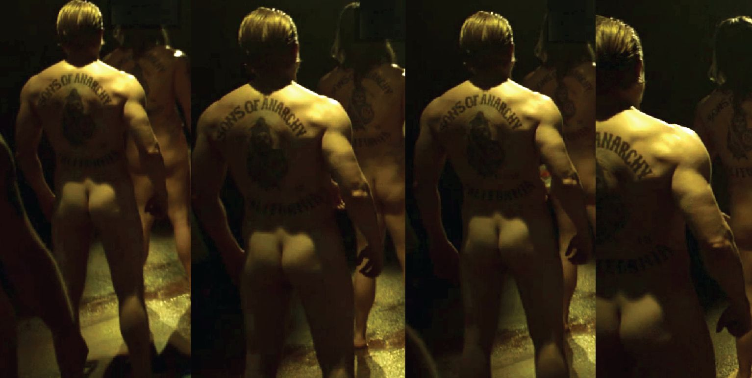 Sexy photos of charlie hunnam that show he's a god