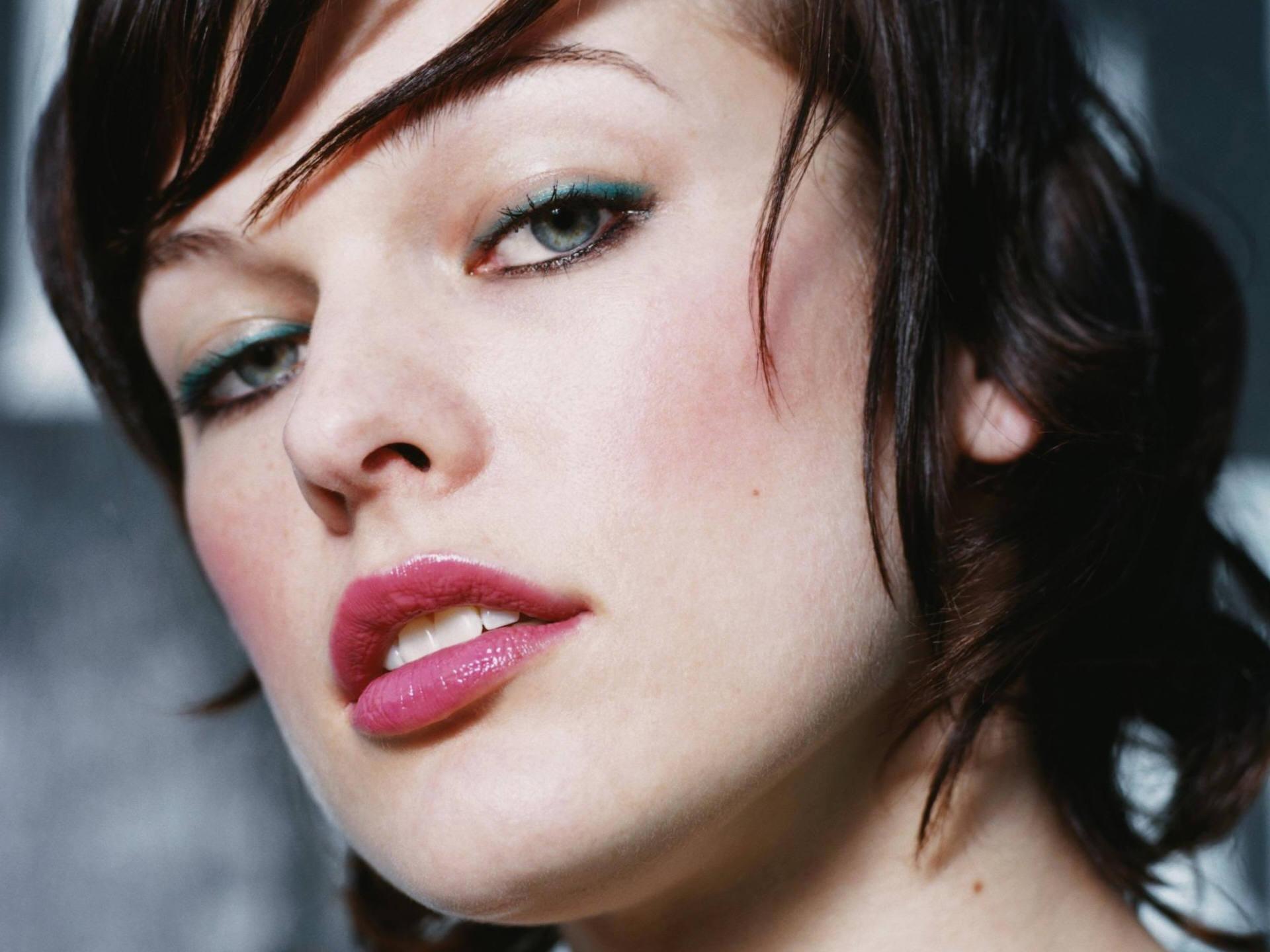 Vuoi cambiare look e make-up? Ti aiuto io!   Makeupnaturale.com