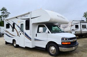 Used 2014 Thor Freedom Elite 23u Class C Motor Home For Sale 8 665