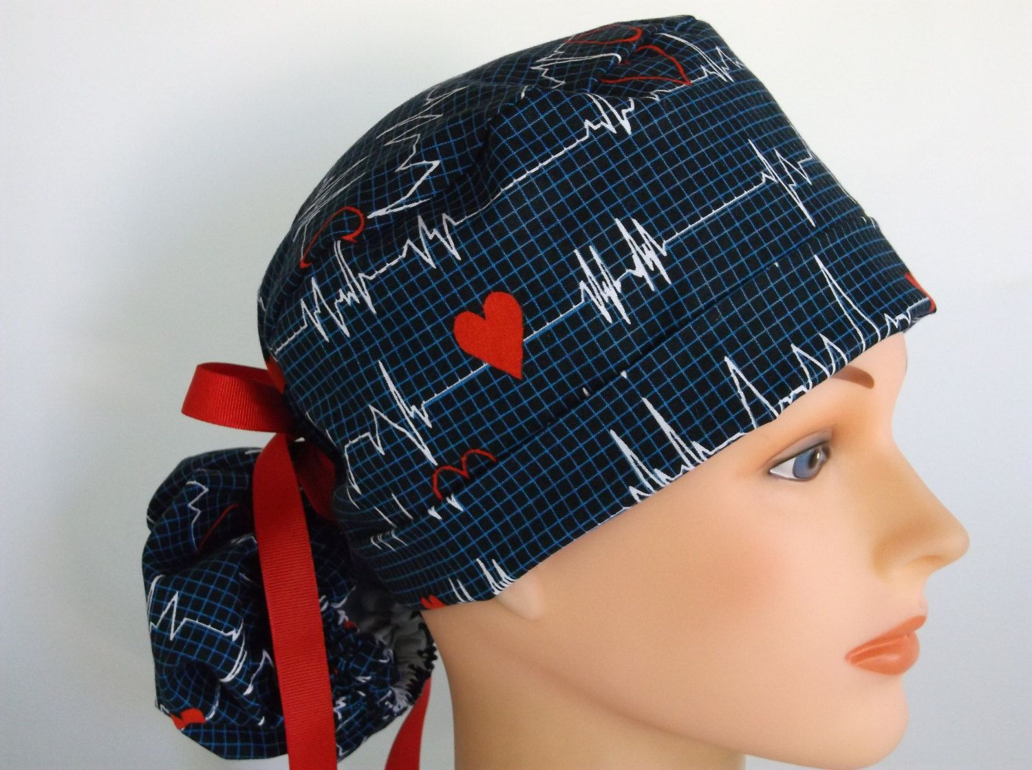 Heart Beat Ponytail - Womens lined surgical scrub cap 66ddf5313c91