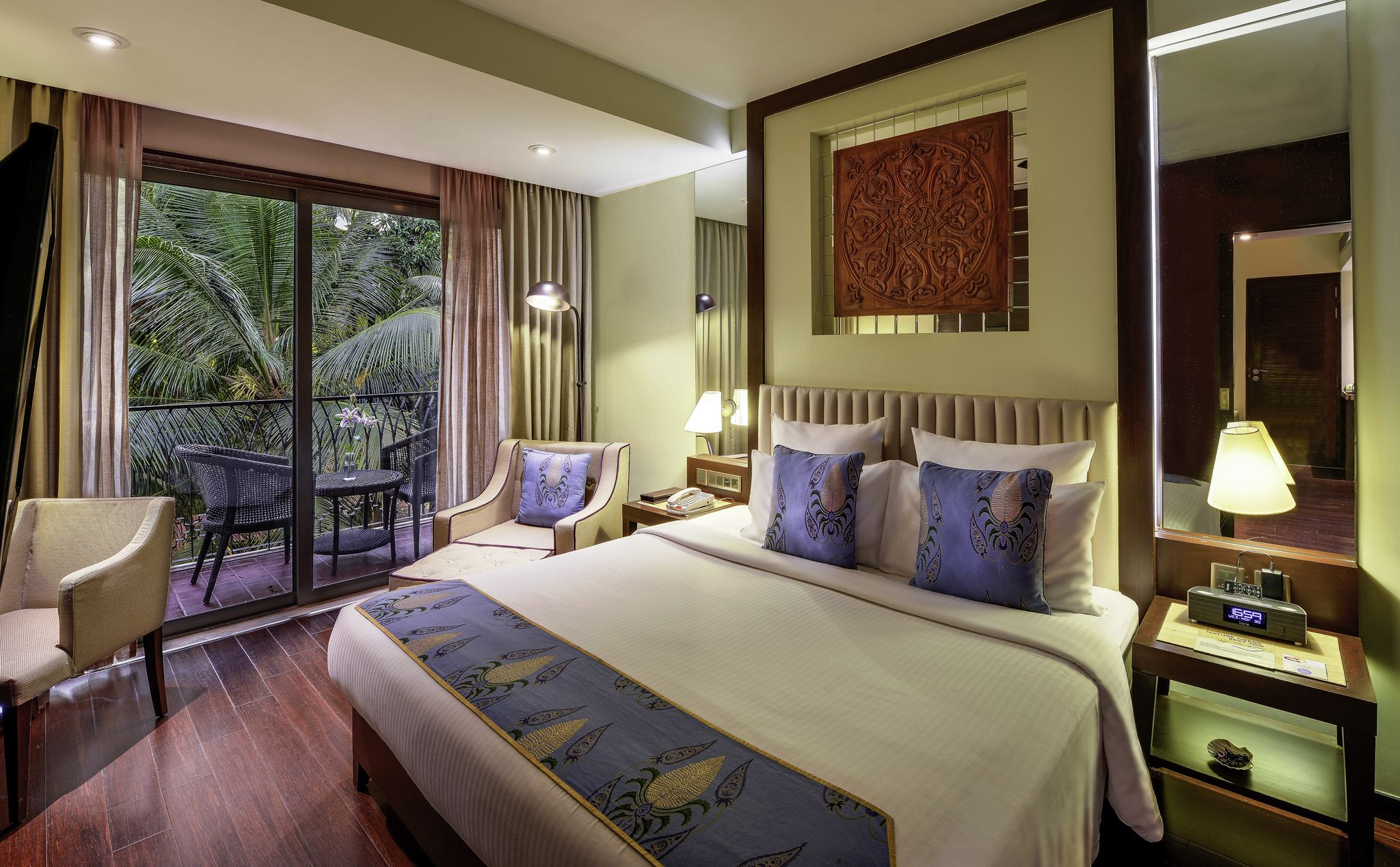 Surrounded By Lush Green Fields And Hills With The Candolim Beach Only Minutes Away Via Our Complimentary Beach Drop Off Service Bright Rooms Home Budget Hotel