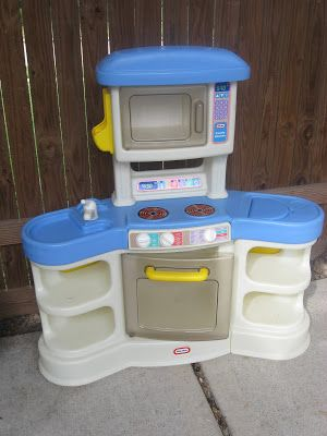 Curb Alert!: Painting/ Change color of Fisher Price Kitchen ...
