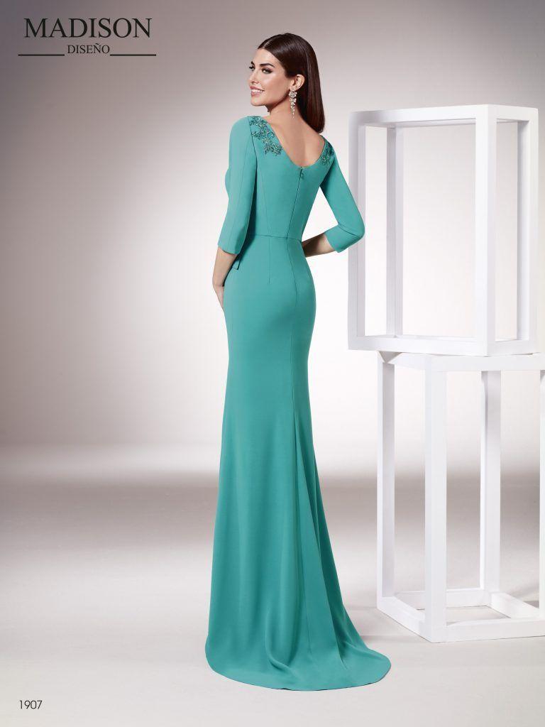b8f3fe1f2 Vestido largo realizado en un elegante crepe - Madison Diseño ...