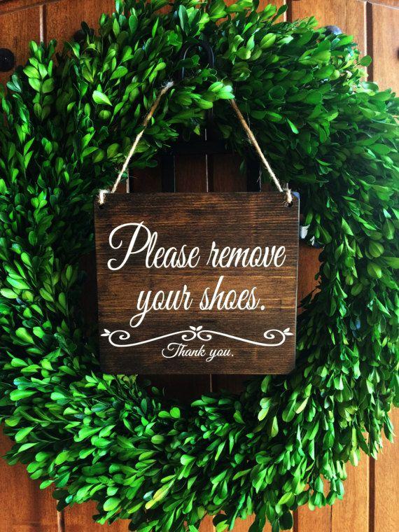 Please remove your Shoes Sign | Remove Shoes Sign | No Shoes Door Signs | Front Door Signs | Remove Shoes Door Sign | Take off shoes sign | Wood Door Sign | Etsy Shop