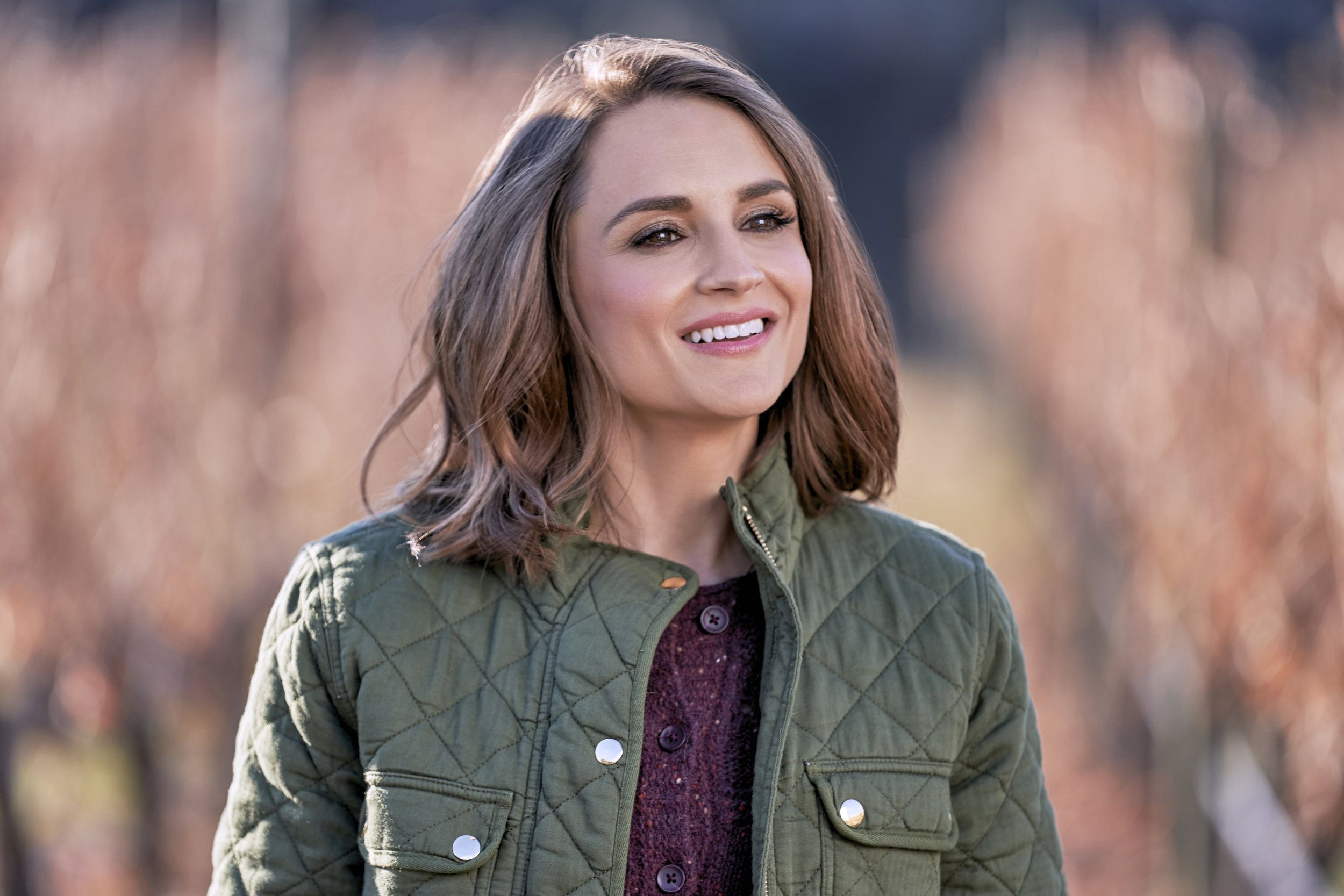 Go Behind The Scenes Of Valentine In The Vineyard Starring Rachael Leigh Cook And Brendan Penny Rachel Leigh Cook Rachael Leigh Cook Rachel