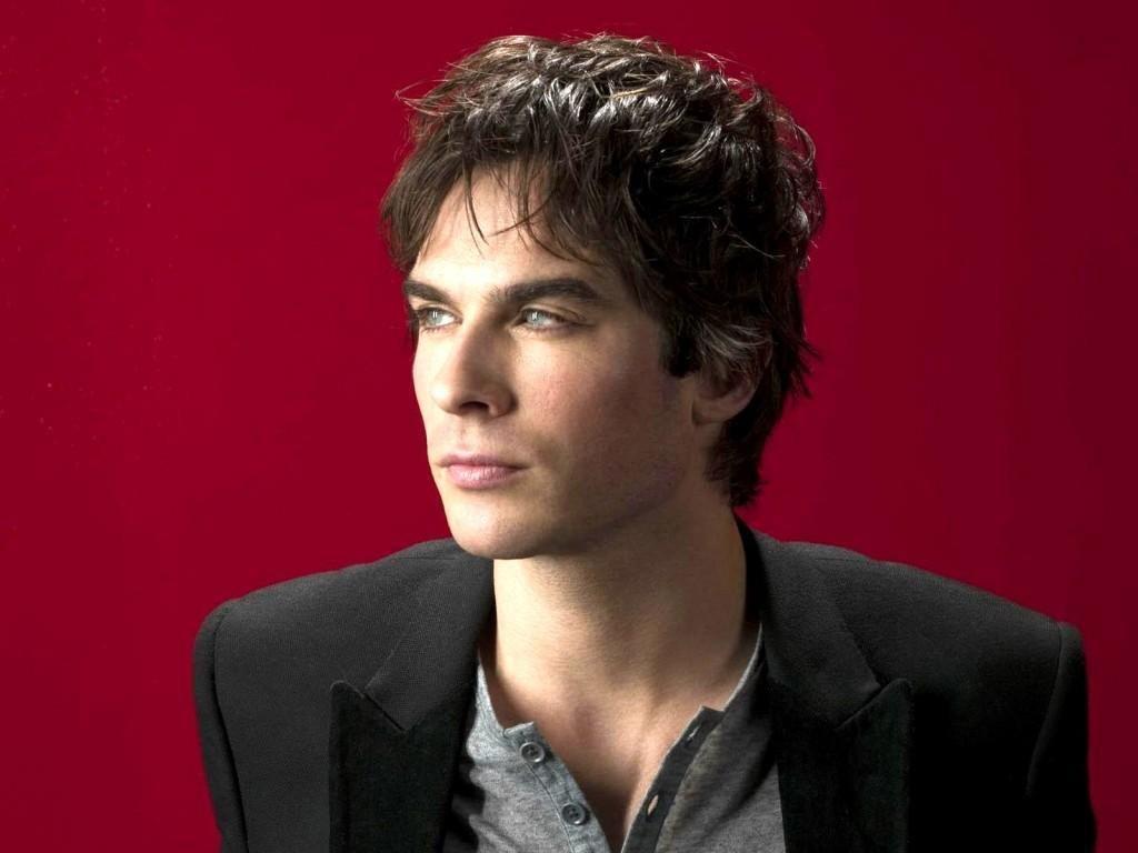 Damon Salvatore, The Vampire Diaries Call Out Twilight