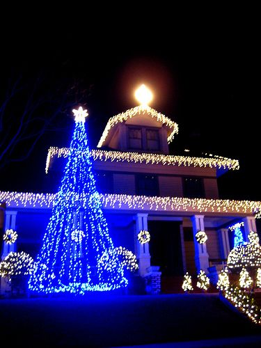 Feelin Blue Corner Paint Outdoor Christmas White Christmas Lights Outdoor Christmas Decorations