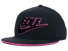 a8c528b8fcc74 Nike Novelty Flat Bill 2.0 Adjustable Golf Hat Snapback Black Pink  686053-060