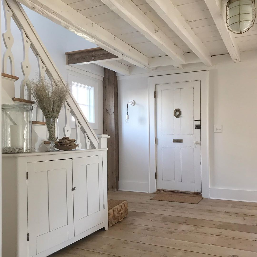 White Flower Farmhouse On Instagram Natural White And Wood Imperfection Oldhouses Whitepaint Rusticmodern Co In 2020 White Flowers Rustic White White Cottage