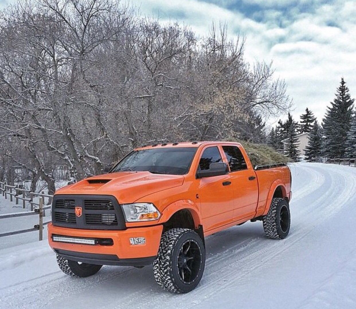 Dodge Ram 1500: Nice Cummins! Pretty Color