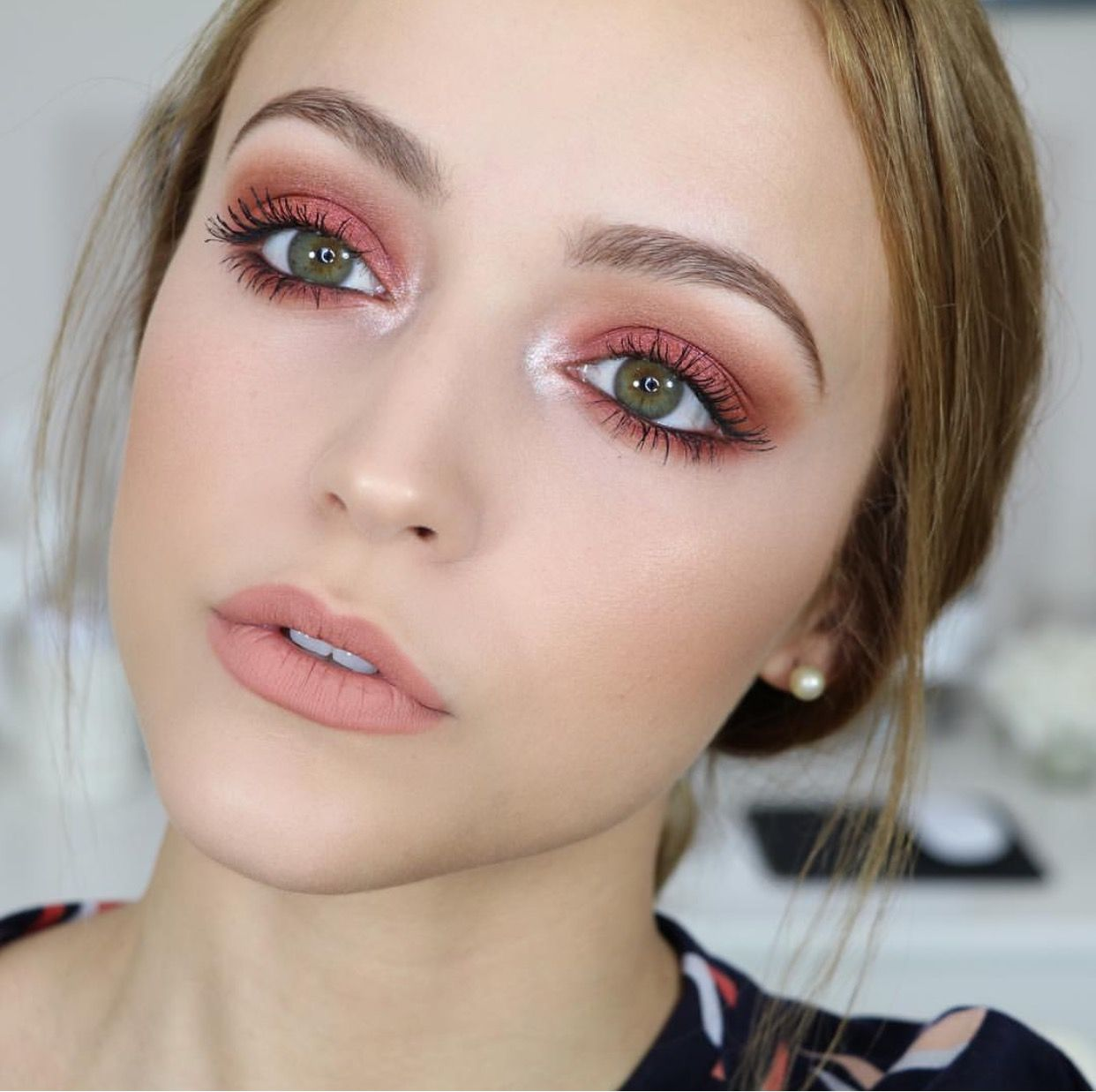 pin by mina hishmeh on makeup | makeup looks for green eyes