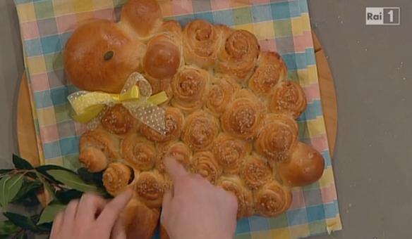 La ricetta del pan soffice di Pasqua di Natalia Cattellani