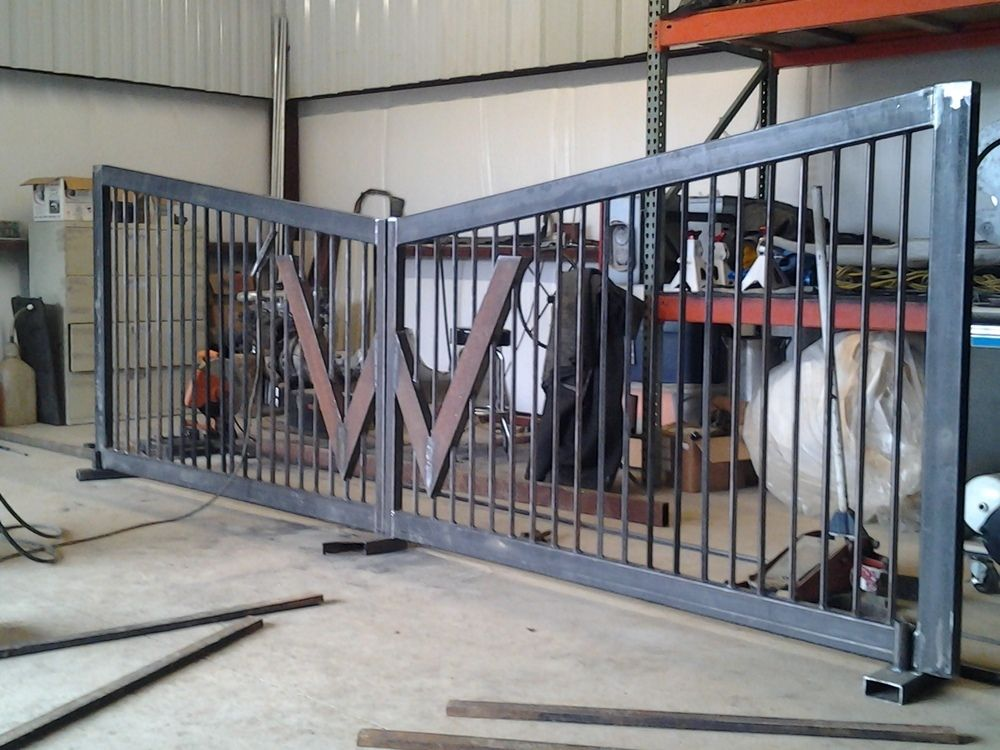 Prices will vary … Based on a 15' gate with an initial, hinges and