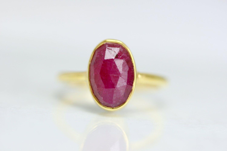 July Birthstone Ring Red Ruby Gemstone Ring Gold Ruby Ring Etsy Anneaux De Pierre Anneaux De Pierres Precieuses Pierre Precieuse