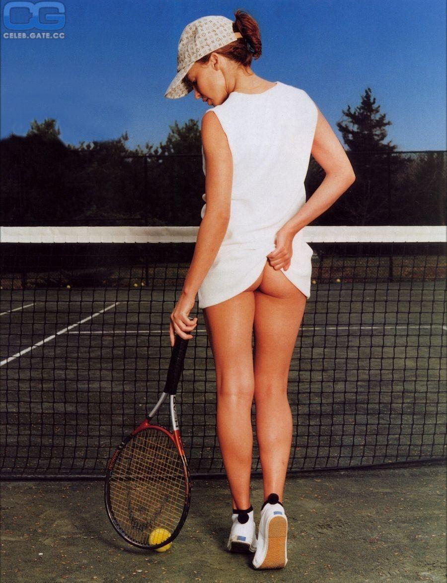 Kylie minogue tennis girl